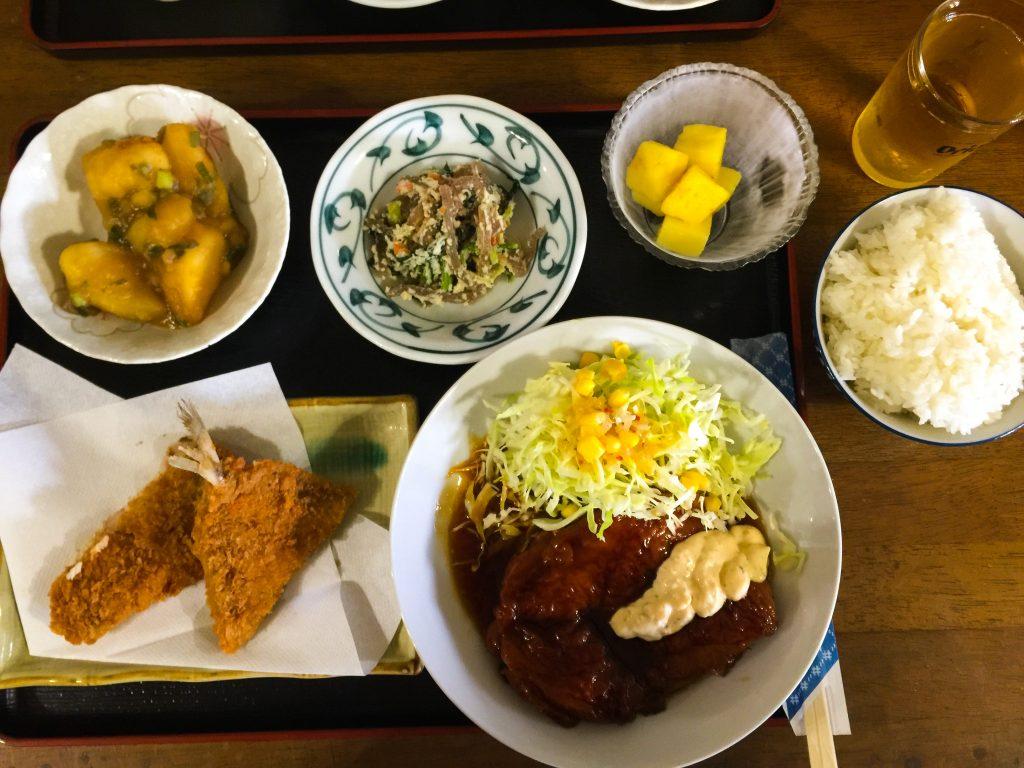 Dinner at Yu Yu.