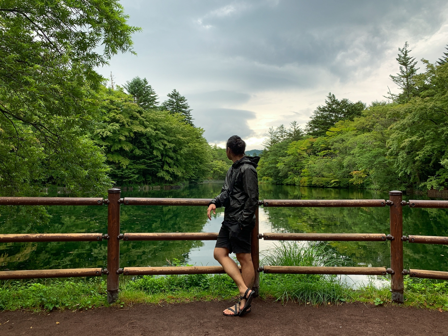 A packable rain jacket that kept me dry during in Karuizawa.