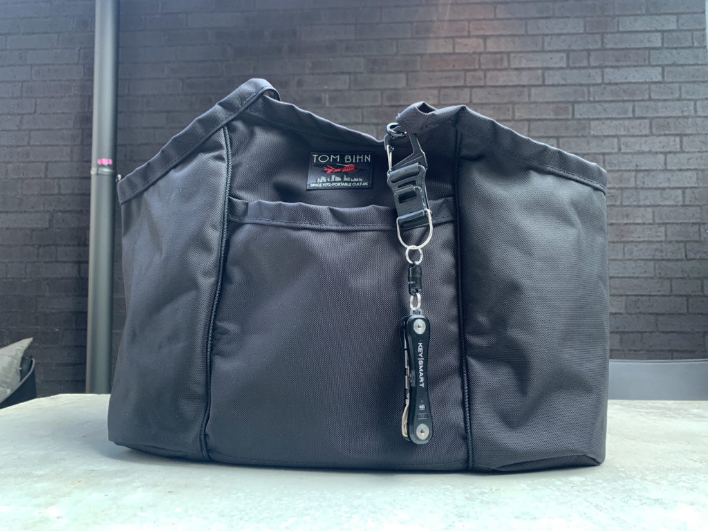 More features than most generic nylon tote bags,