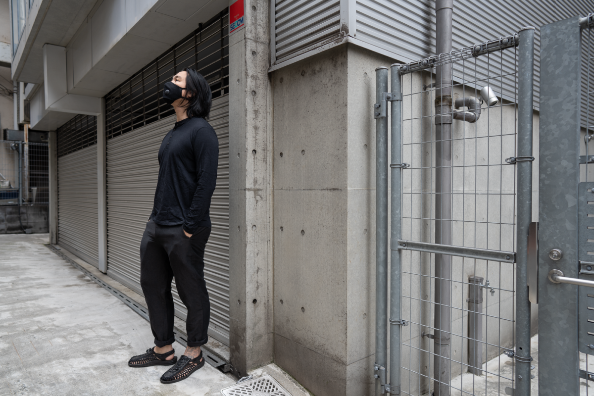 With the Airinum Mask, Wool&Prince Henley, Outlier Injected Linen Pants, and KEEN UNEEK Sandal.