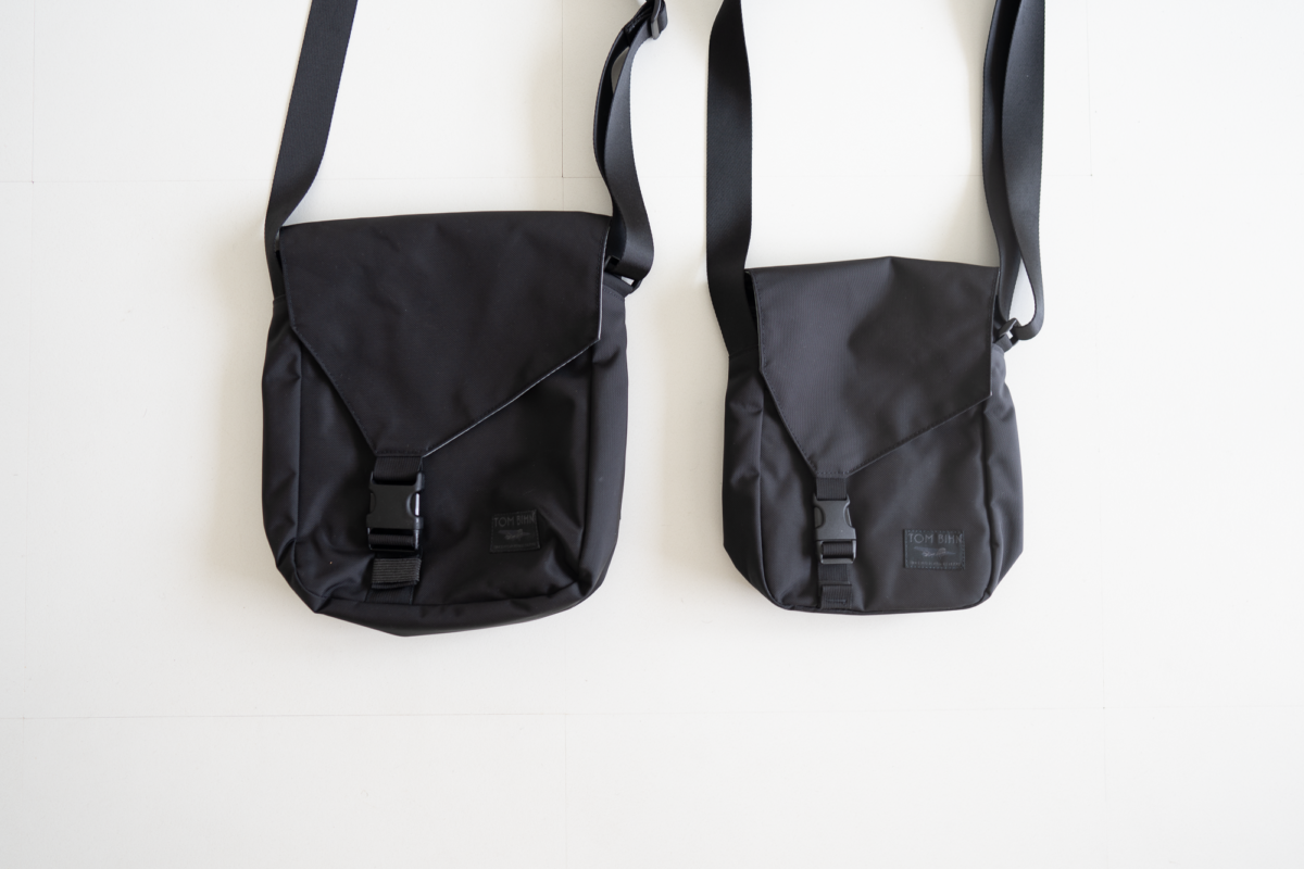 Size comparison between the two sizes of TOM BIHN Cafe Bag.