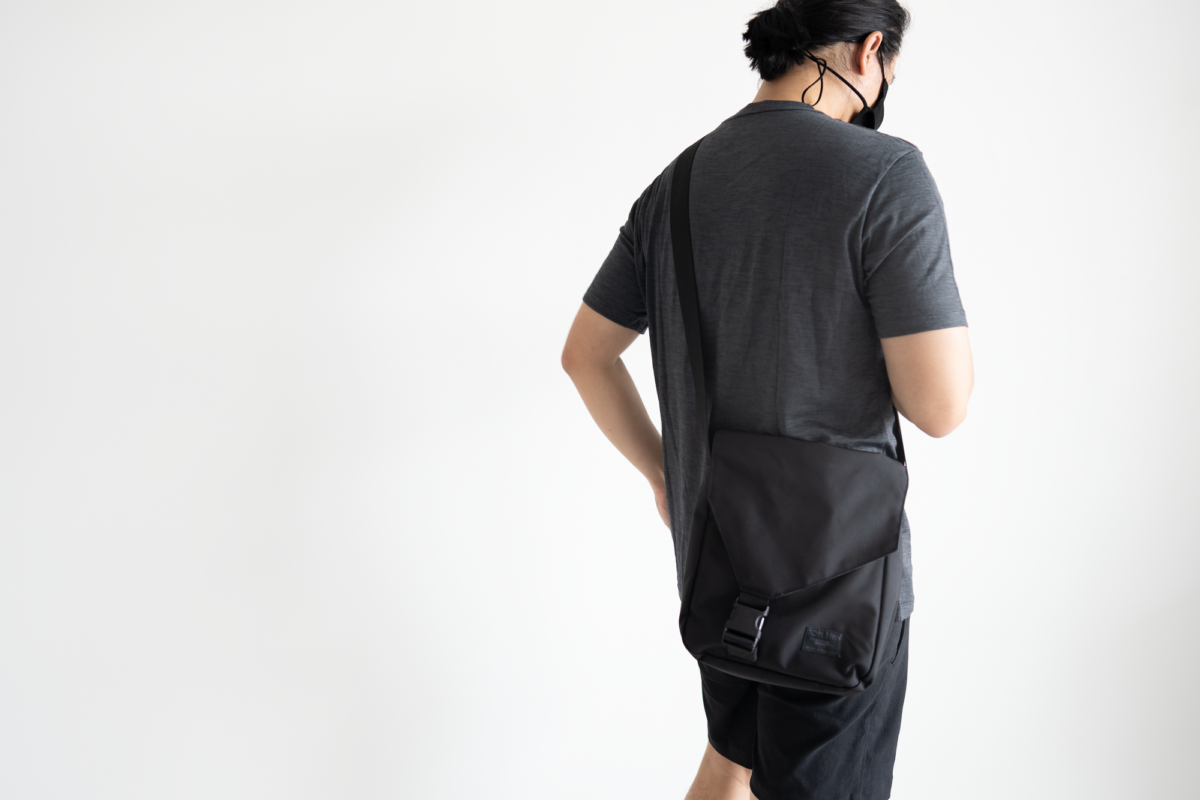 With the Outlier Mask 004, Wool&Prince Pocket Tee, TOM BIHN Cafe Bag, and Outlier New Way Shorts.